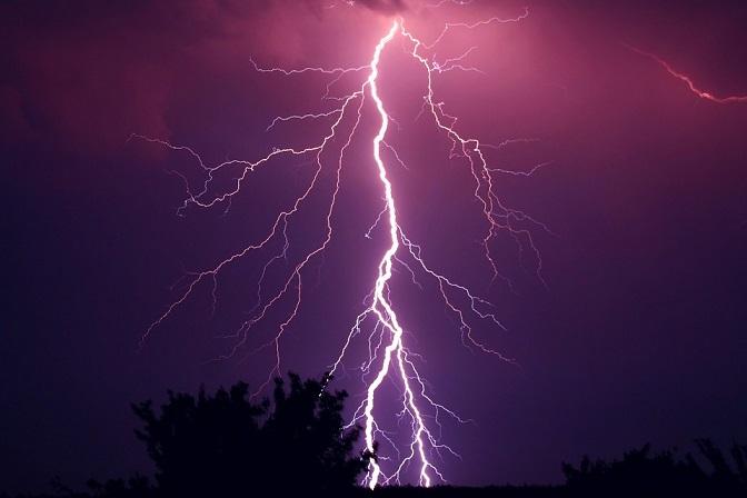 thunder článek